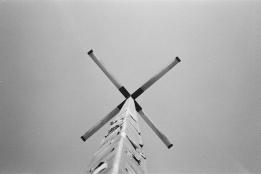 35mm/NikonL35AF • KodakTriMax400 • Cabazon, CA